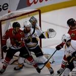 Pekka Rinne ließ sich auch durch Verkehr vorm Tor nicht aus der Ruhe bringen. - Screenshot Copyright Sport1 US HD