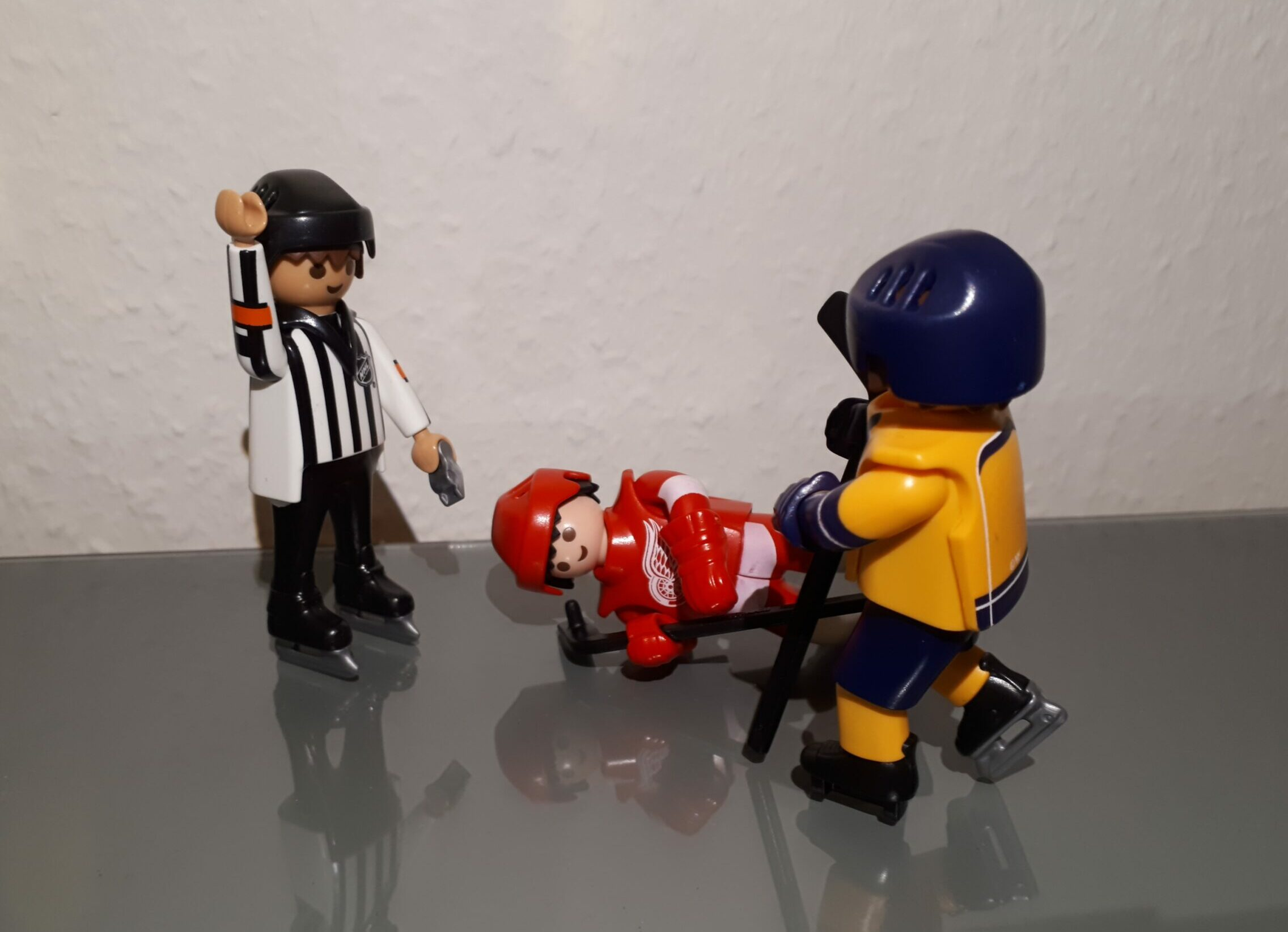 #032 NHL New York Islanders with Arthur Staple – and a referee controversy